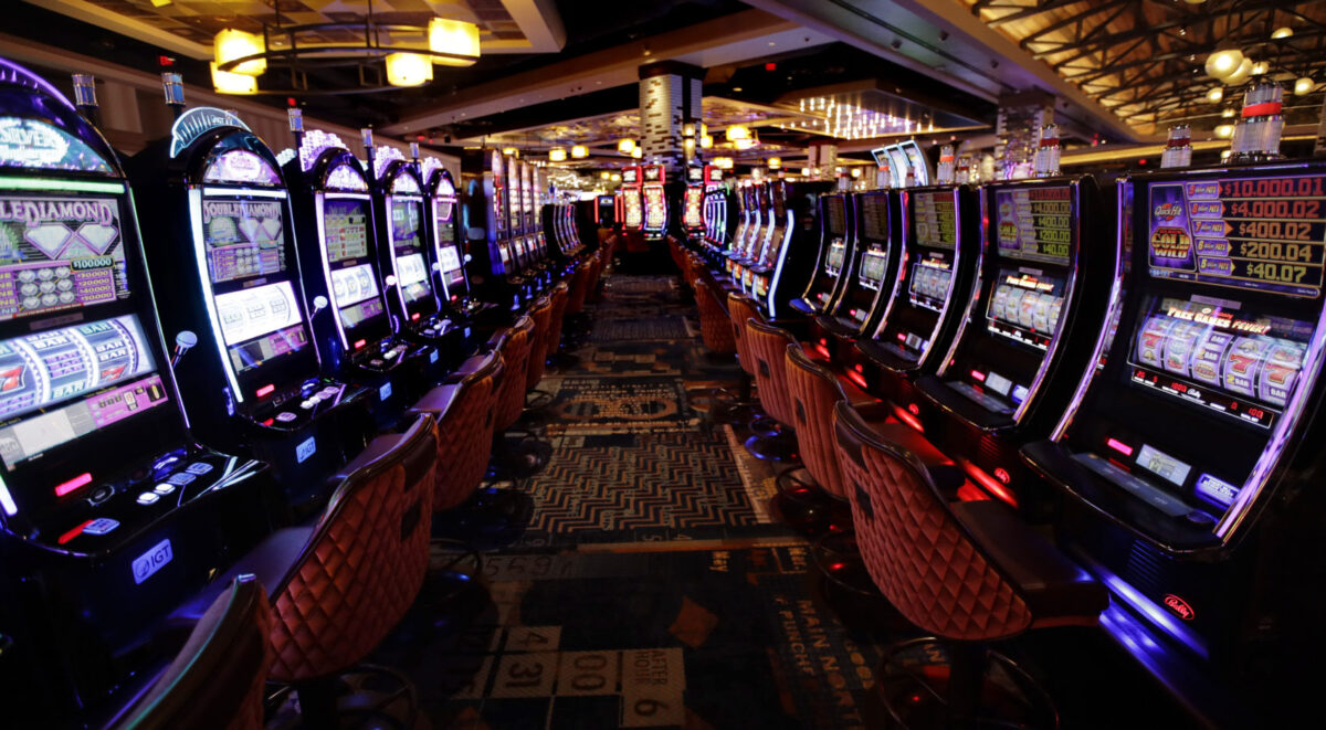 Play Free Slot Machine Online  Reel Reviews For Actual Individuals